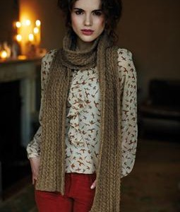 Belle Cable Scarf 255x340
