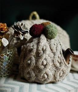 Snowball Tea Cosy 255x340