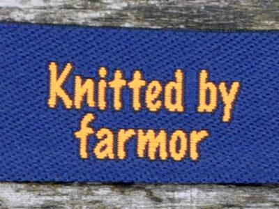 red_blå_knitted_by_farmor