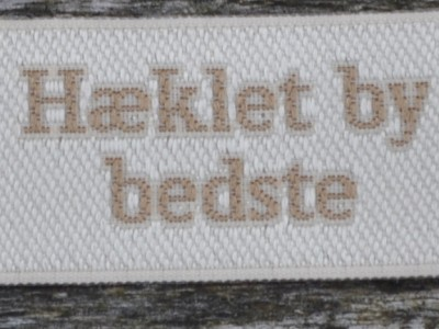 red_alle_hæklet_by_bedste