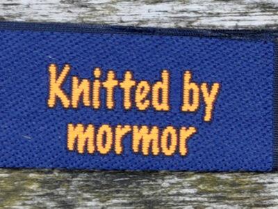 red_blå_knitted_by_mormor