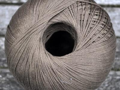 Bomulds strikkegarn fra Adriafil Snappy Ball 41 tobak