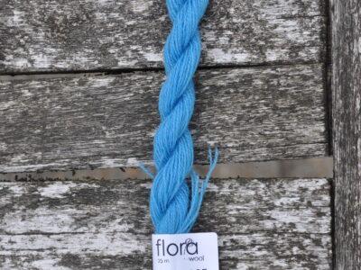 flora wool broderigarn 8996