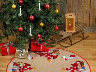 Juletræstæppe Paddehat og nisser