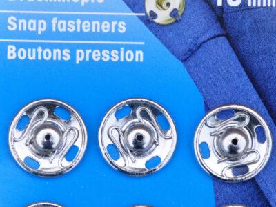 Tryklåse og trykknapper sølv 15 mm