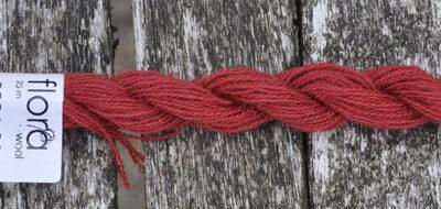 flora wool broderigarn 8221