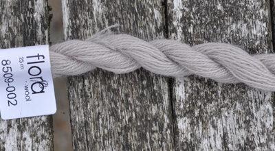 flora wool broderigarn 8509