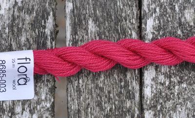 flora wool broderigarn 8685