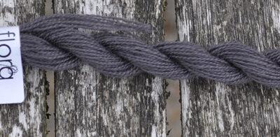 flora wool broderigarn 8713