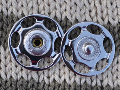 Tryklåse og trykknapper sølv 20 mm